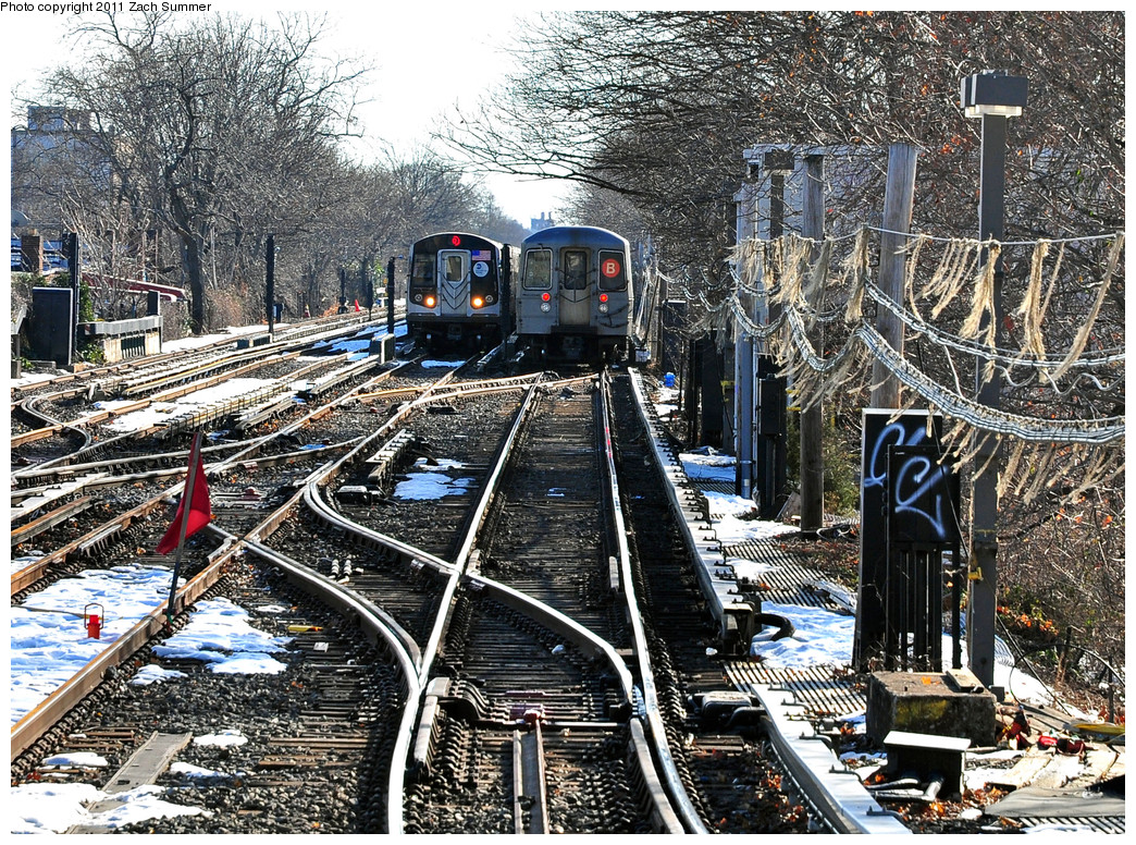 (515k, 1044x776)<br><b>Country:</b> United States<br><b>City:</b> New York<br><b>System:</b> New York City Transit<br><b>Line:</b> BMT Brighton Line<br><b>Location:</b> Kings Highway <br><b>Route:</b> Q<br><b>Car:</b> R-160B (Option 1) (Kawasaki, 2008-2009)  9072 <br><b>Photo by:</b> Zach Summer<br><b>Date:</b> 1/5/2011<br><b>Notes:</b> Q Relay with R68A 5134 on the B. Due to a G.O., Q Trains were terminating at Kings Highway; B Trains ran to Brighton Beach; B68 Buses replaced Q Service between Brighton Beach & Stillwell Avenue.<br><b>Viewed (this week/total):</b> 0 / 1698