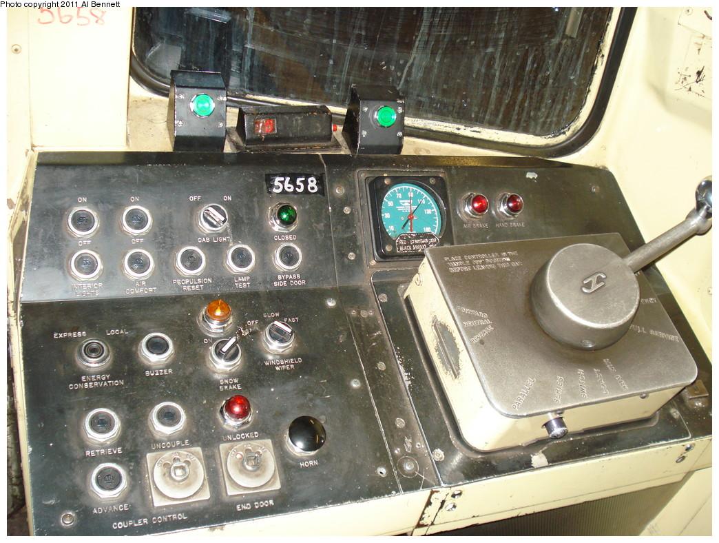 (275k, 1044x788)<br><b>Country:</b> United States<br><b>City:</b> New York<br><b>System:</b> New York City Transit<br><b>Car:</b> R-46 (Pullman-Standard, 1974-75) 5658 <br><b>Photo by:</b> Al Bennett, Jr.<br><b>Date:</b> 2/13/2009<br><b>Notes:</b> R46 cab with door enable control.<br><b>Viewed (this week/total):</b> 1 / 1426