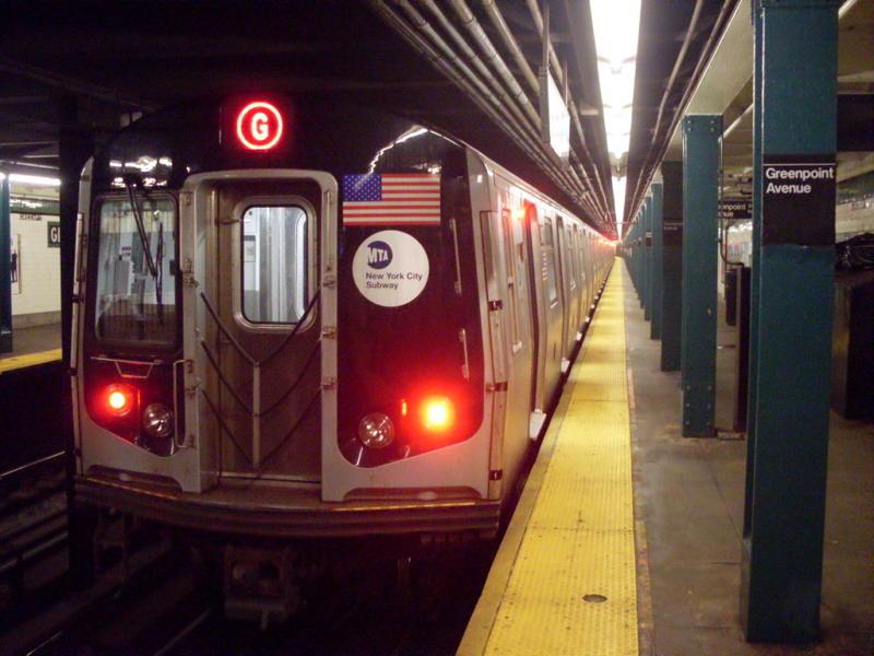(71k, 800x600)<br><b>Country:</b> United States<br><b>City:</b> New York<br><b>System:</b> New York City Transit<br><b>Line:</b> IND Crosstown Line<br><b>Location:</b> Greenpoint Avenue <br><b>Route:</b> G<br><b>Car:</b> R-160B (Option 1) (Kawasaki, 2008-2009)  9147 <br><b>Photo by:</b> Anthony Modesto<br><b>Date:</b> 7/31/2010<br><b>Viewed (this week/total):</b> 5 / 2161