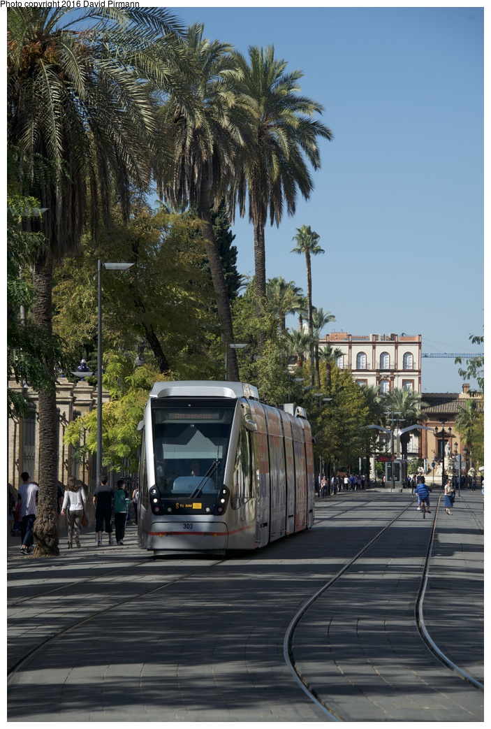 (310k, 703x1043)<br><b>Country:</b> Spain<br><b>City:</b> Seville<br><b>System:</b> Tranvía MetroCentro <br><b>Location:</b> Calle San Fernando <br><b>Car:</b> CAF Urbos 3  303 <br><b>Photo by:</b> David Pirmann<br><b>Date:</b> 11/8/2015<br><b>Viewed (this week/total):</b> 1 / 494