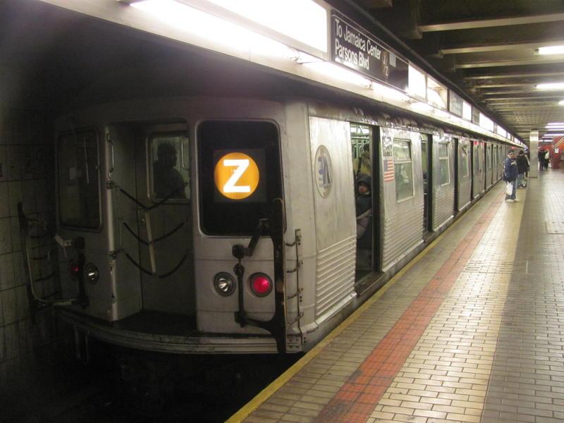 (63k, 800x600)<br><b>Country:</b> United States<br><b>City:</b> New York<br><b>System:</b> New York City Transit<br><b>Line:</b> IND Queens Boulevard Line<br><b>Location:</b> Jamaica Center/Parsons-Archer <br><b>Route:</b> Z<br><b>Car:</b> R-42 (St. Louis, 1969-1970)   <br><b>Photo by:</b> Steven Cruz<br><b>Date:</b> 1/2011<br><b>Viewed (this week/total):</b> 0 / 1458