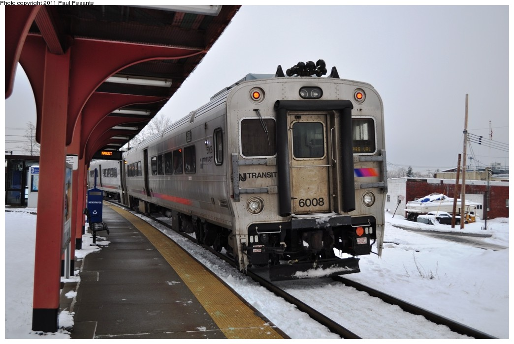 (192k, 1044x700)<br><b>Country:</b> United States<br><b>System:</b> NJ Transit (or Predecessor)<br><b>Line:</b> NJT Pascack Valley Line<br><b>Location:</b> Spring Valley <br><b>Car:</b> NJT Comet V 6008 <br><b>Photo by:</b> Paul Pesante<br><b>Date:</b> 1/8/2011<br><b>Notes:</b> NJT Alstom Comet V Cab #6008 brings up the rear of Train  #2115 to Spring Valley<br><b>Viewed (this week/total):</b> 2 / 983