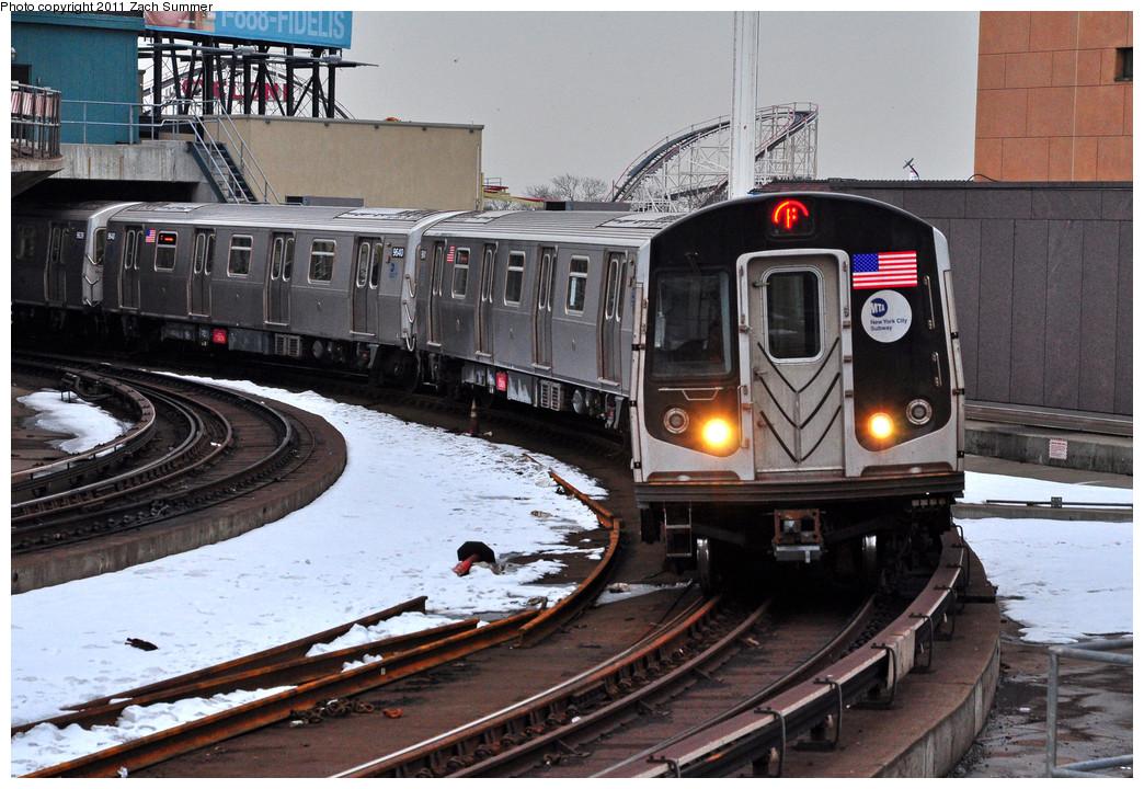 (295k, 1044x720)<br><b>Country:</b> United States<br><b>City:</b> New York<br><b>System:</b> New York City Transit<br><b>Location:</b> Coney Island/Stillwell Avenue<br><b>Route:</b> F<br><b>Car:</b> R-160A (Option 2) (Alstom, 2009, 5-car sets)  9642 <br><b>Photo by:</b> Zach Summer<br><b>Date:</b> 1/8/2011<br><b>Viewed (this week/total):</b> 7 / 1521