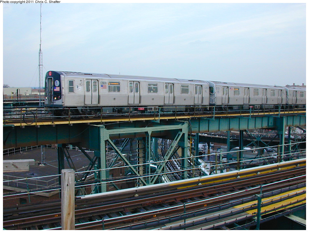 (283k, 1044x788)<br><b>Country:</b> United States<br><b>City:</b> New York<br><b>System:</b> New York City Transit<br><b>Line:</b> BMT Canarsie Line<br><b>Location:</b> Broadway Junction <br><b>Route:</b> L<br><b>Car:</b> R-143 (Kawasaki, 2001-2002) 8230 <br><b>Photo by:</b> Chris C. Shaffer<br><b>Date:</b> 12/8/2002<br><b>Viewed (this week/total):</b> 2 / 1254