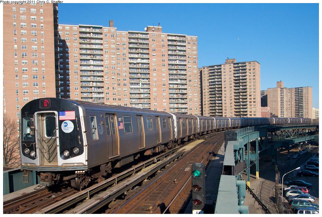 (332k, 1044x702)<br><b>Country:</b> United States<br><b>City:</b> New York<br><b>System:</b> New York City Transit<br><b>Line:</b> BMT Brighton Line<br><b>Location:</b> West 8th Street <br><b>Route:</b> Q<br><b>Car:</b> R-160B (Kawasaki, 2005-2008)  8817 <br><b>Photo by:</b> Chris C. Shaffer<br><b>Date:</b> 2/11/2011<br><b>Viewed (this week/total):</b> 1 / 999