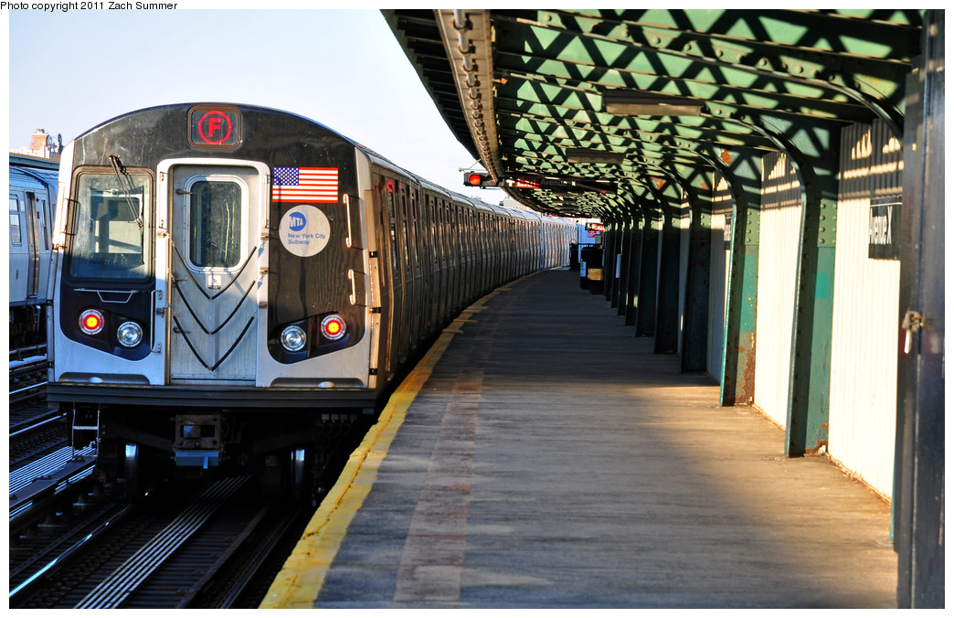 (272k, 1044x676)<br><b>Country:</b> United States<br><b>City:</b> New York<br><b>System:</b> New York City Transit<br><b>Line:</b> BMT Culver Line<br><b>Location:</b> Avenue X <br><b>Route:</b> F<br><b>Car:</b> R-160A (Option 1) (Alstom, 2008-2009, 5 car sets)  9488 <br><b>Photo by:</b> Zach Summer<br><b>Date:</b> 1/9/2011<br><b>Viewed (this week/total):</b> 1 / 1143