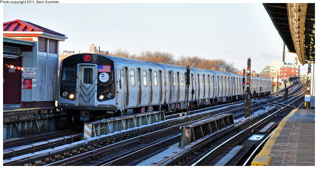 (257k, 1044x555)<br><b>Country:</b> United States<br><b>City:</b> New York<br><b>System:</b> New York City Transit<br><b>Line:</b> BMT Culver Line<br><b>Location:</b> Avenue X <br><b>Route:</b> F<br><b>Car:</b> R-160A (Option 2) (Alstom, 2009, 5-car sets)  9603 <br><b>Photo by:</b> Zach Summer<br><b>Date:</b> 1/9/2011<br><b>Viewed (this week/total):</b> 0 / 876
