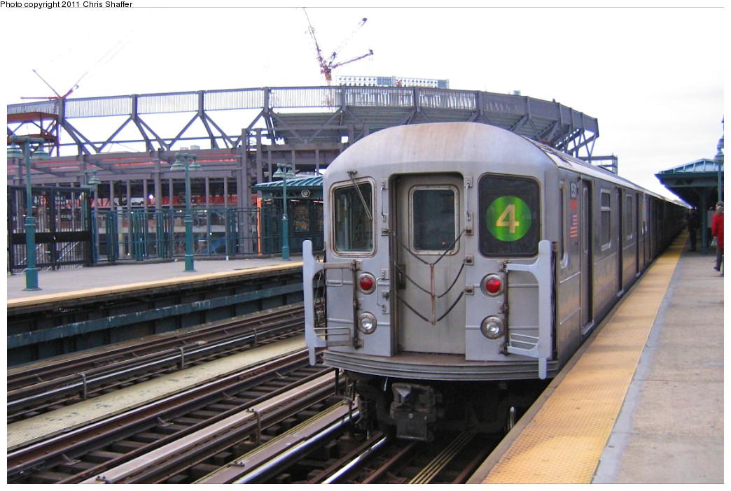 (239k, 1044x702)<br><b>Country:</b> United States<br><b>City:</b> New York<br><b>System:</b> New York City Transit<br><b>Line:</b> IRT Woodlawn Line<br><b>Location:</b> 161st Street/River Avenue (Yankee Stadium) <br><b>Route:</b> 4<br><b>Car:</b> R-62 (Kawasaki, 1983-1985)  1531 <br><b>Photo by:</b> Chris C. Shaffer<br><b>Date:</b> 1/15/2008<br><b>Viewed (this week/total):</b> 4 / 1372