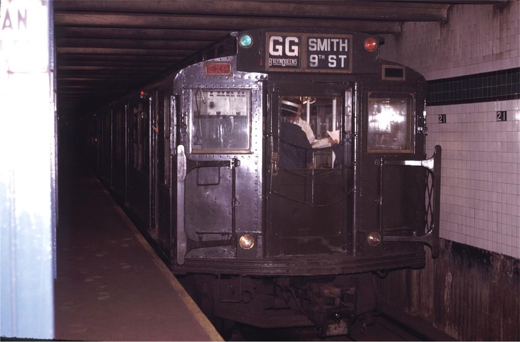 (144k, 1024x675)<br><b>Country:</b> United States<br><b>City:</b> New York<br><b>System:</b> New York City Transit<br><b>Line:</b> IND Crosstown Line<br><b>Location:</b> 21st Street/Van Alst <br><b>Route:</b> Fan Trip<br><b>Car:</b> R-4 (American Car & Foundry, 1932-1933) 484 <br><b>Photo by:</b> Joe Testagrose<br><b>Date:</b> 5/5/1974<br><b>Viewed (this week/total):</b> 4 / 2130