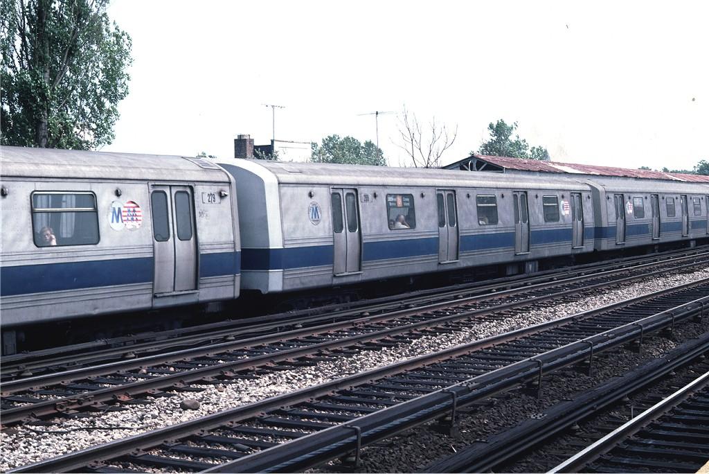 (223k, 1024x684)<br><b>Country:</b> United States<br><b>City:</b> New York<br><b>System:</b> New York City Transit<br><b>Line:</b> BMT Brighton Line<br><b>Location:</b> Neck Road <br><b>Route:</b> D<br><b>Car:</b> R-44 (St. Louis, 1971-73) 299 <br><b>Photo by:</b> Doug Grotjahn<br><b>Collection of:</b> Joe Testagrose<br><b>Date:</b> 7/11/1976<br><b>Viewed (this week/total):</b> 3 / 1078
