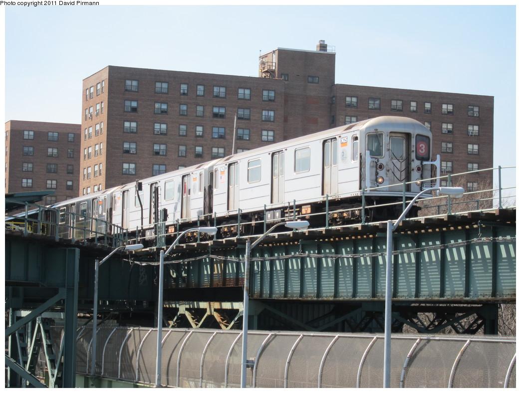 (231k, 1044x788)<br><b>Country:</b> United States<br><b>City:</b> New York<br><b>System:</b> New York City Transit<br><b>Line:</b> BMT Canarsie Line<br><b>Location:</b> Livonia Avenue <br><b>Route:</b> 3<br><b>Car:</b> R-62 (Kawasaki, 1983-1985)  1425 <br><b>Photo by:</b> David Pirmann<br><b>Date:</b> 4/9/2011<br><b>Notes:</b> View of IRT from Canarsie line platform.<br><b>Viewed (this week/total):</b> 3 / 1264