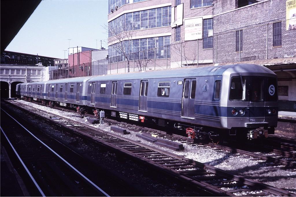 (247k, 1024x682)<br><b>Country:</b> United States<br><b>City:</b> New York<br><b>System:</b> New York City Transit<br><b>Line:</b> BMT Sea Beach Line<br><b>Location:</b> New Utrecht Avenue <br><b>Car:</b> R-46 (Pullman-Standard, 1974-75) 508 <br><b>Photo by:</b> Doug Grotjahn<br><b>Collection of:</b> Joe Testagrose<br><b>Date:</b> 4/7/1975<br><b>Viewed (this week/total):</b> 0 / 1278