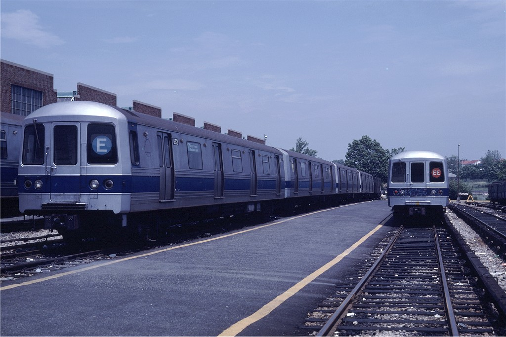 (183k, 1024x683)<br><b>Country:</b> United States<br><b>City:</b> New York<br><b>System:</b> New York City Transit<br><b>Location:</b> Jamaica Yard/Shops<br><b>Car:</b> R-46 (Pullman-Standard, 1974-75) 532 <br><b>Photo by:</b> Steve Zabel<br><b>Collection of:</b> Joe Testagrose<br><b>Date:</b> 6/22/1981<br><b>Viewed (this week/total):</b> 2 / 1293