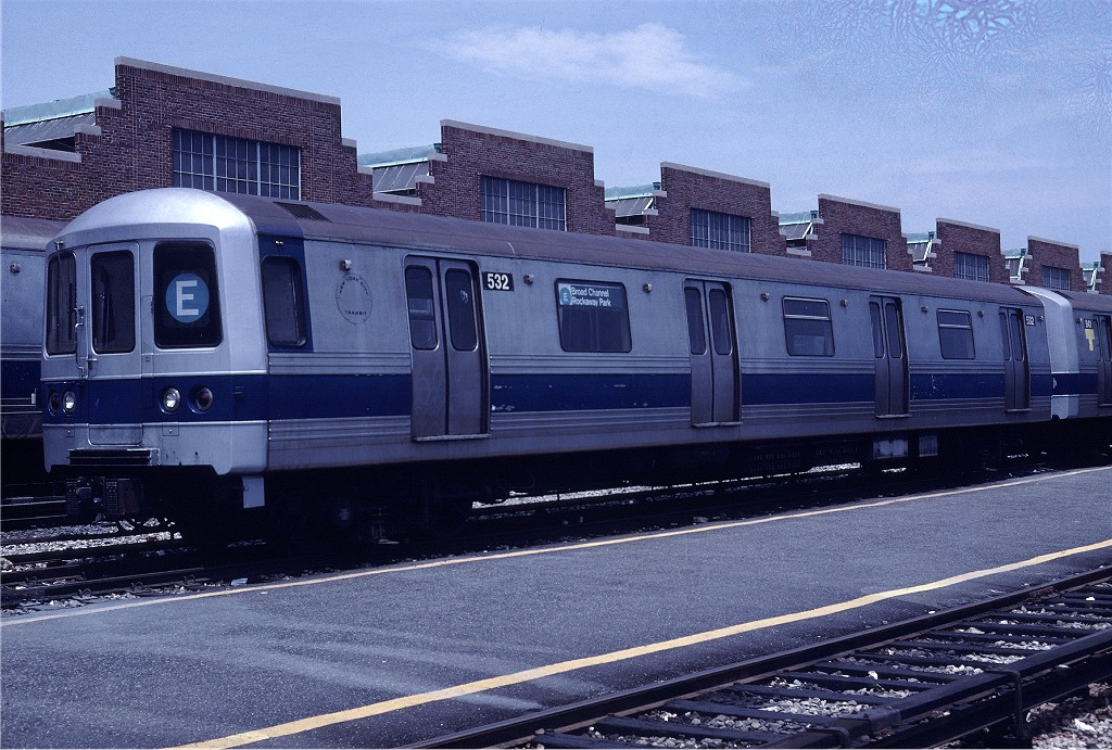 (239k, 1024x691)<br><b>Country:</b> United States<br><b>City:</b> New York<br><b>System:</b> New York City Transit<br><b>Location:</b> Jamaica Yard/Shops<br><b>Car:</b> R-46 (Pullman-Standard, 1974-75) 532 <br><b>Photo by:</b> Steve Zabel<br><b>Collection of:</b> Joe Testagrose<br><b>Date:</b> 6/22/1981<br><b>Viewed (this week/total):</b> 0 / 1427