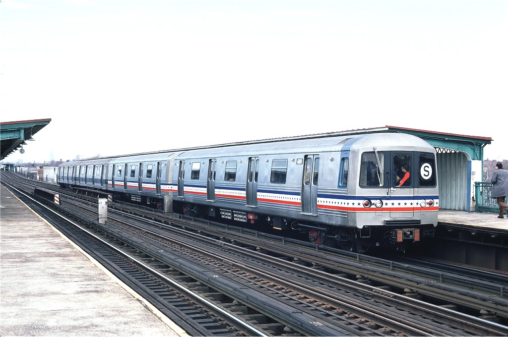 (182k, 1024x680)<br><b>Country:</b> United States<br><b>City:</b> New York<br><b>System:</b> New York City Transit<br><b>Line:</b> BMT Culver Line<br><b>Location:</b> Bay Parkway (22nd Avenue) <br><b>Route:</b> Fan Trip<br><b>Car:</b> R-46 (Pullman-Standard, 1974-75) 680 <br><b>Photo by:</b> Ed McKernan<br><b>Collection of:</b> Joe Testagrose<br><b>Date:</b> 2/26/1977<br><b>Viewed (this week/total):</b> 0 / 893