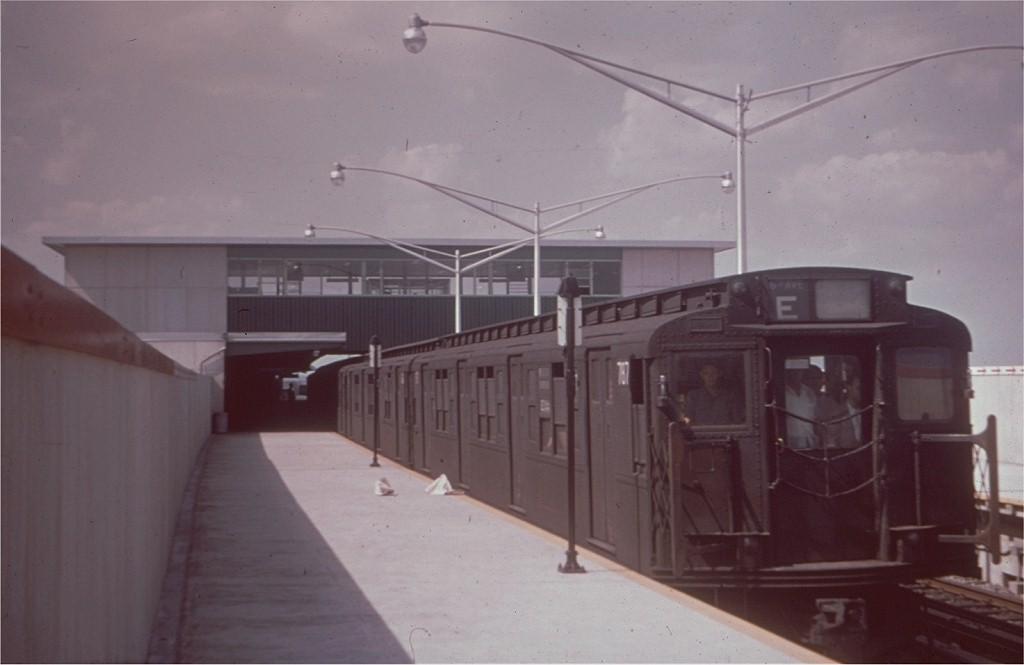 (110k, 1024x665)<br><b>Country:</b> United States<br><b>City:</b> New York<br><b>System:</b> New York City Transit<br><b>Line:</b> IND Rockaway<br><b>Location:</b> Howard Beach <br><b>Route:</b> E<br><b>Car:</b> R-4 (American Car & Foundry, 1932-1933) 787 <br><b>Collection of:</b> Joe Testagrose<br><b>Date:</b> 1959<br><b>Viewed (this week/total):</b> 3 / 1760
