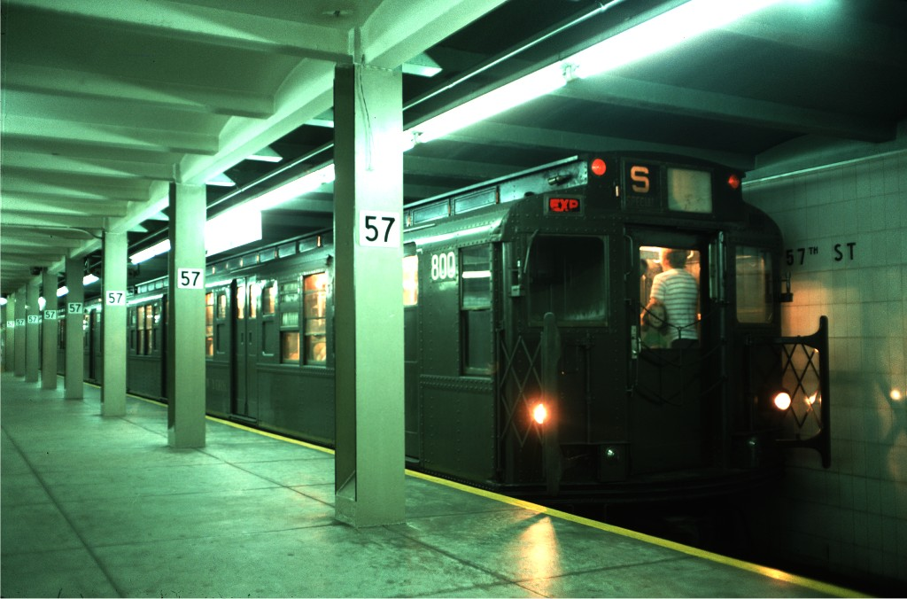 (153k, 1024x676)<br><b>Country:</b> United States<br><b>City:</b> New York<br><b>System:</b> New York City Transit<br><b>Line:</b> IND 6th Avenue Line<br><b>Location:</b> 57th Street <br><b>Route:</b> Transit Museum Nostalgia Train<br><b>Car:</b> R-4 (American Car & Foundry, 1932-1933) 800 <br><b>Photo by:</b> Doug Grotjahn<br><b>Collection of:</b> Joe Testagrose<br><b>Date:</b> 8/22/1976<br><b>Viewed (this week/total):</b> 6 / 1562