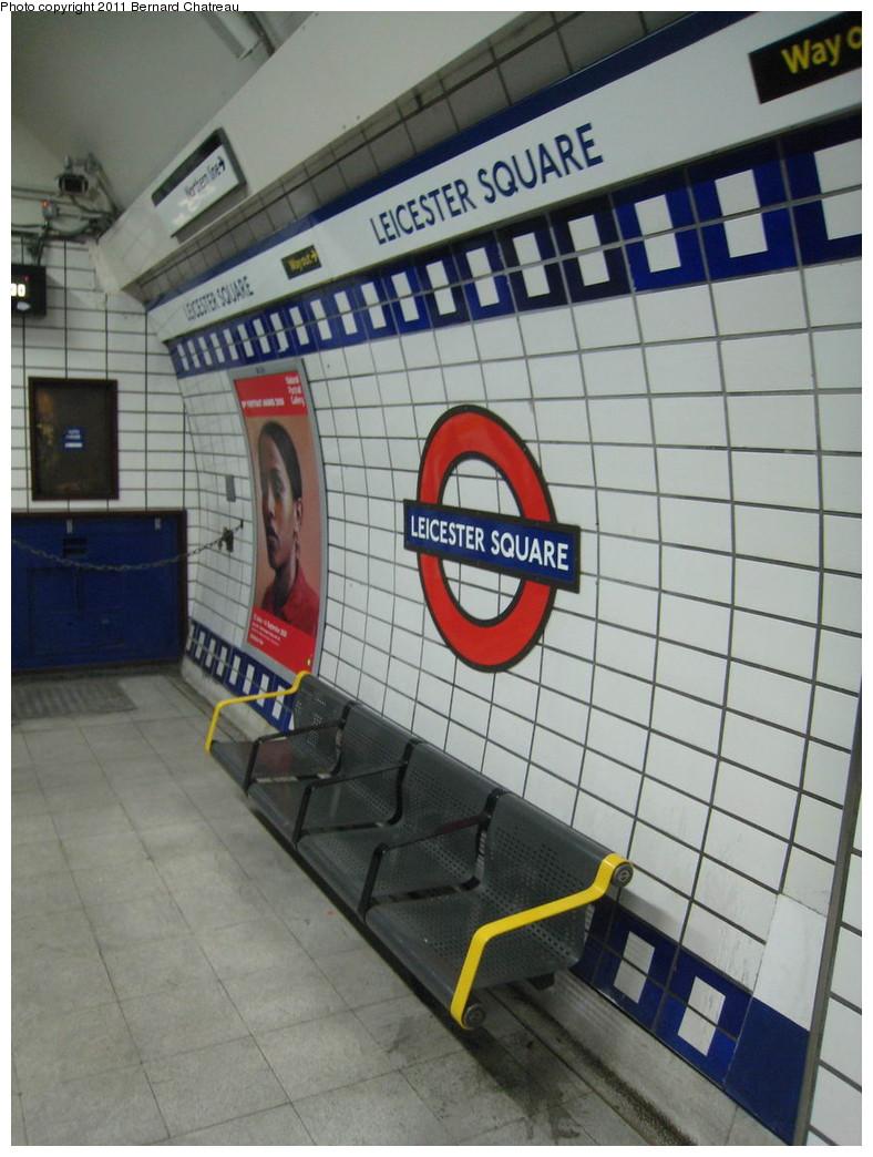 (200k, 788x1044)<br><b>Country:</b> United Kingdom<br><b>City:</b> London<br><b>System:</b> London Underground<br><b>Line:</b> Piccadilly<br><b>Location:</b> Leicester Square <br><b>Photo by:</b> Bernard Chatreau<br><b>Date:</b> 7/12/2008<br><b>Viewed (this week/total):</b> 0 / 417
