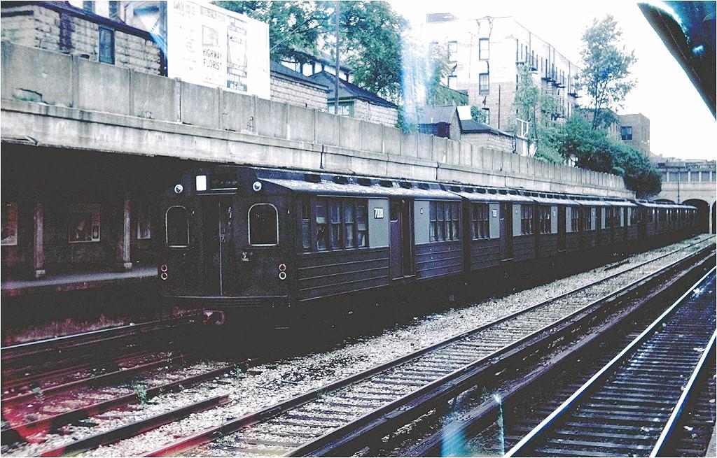 (289k, 1024x655)<br><b>Country:</b> United States<br><b>City:</b> New York<br><b>System:</b> New York City Transit<br><b>Line:</b> BMT Sea Beach Line<br><b>Location:</b> Bay Parkway (22nd Avenue) <br><b>Car:</b> BMT Multi 7008 <br><b>Collection of:</b> Joe Testagrose<br><b>Date:</b> 7/1961<br><b>Viewed (this week/total):</b> 2 / 2694