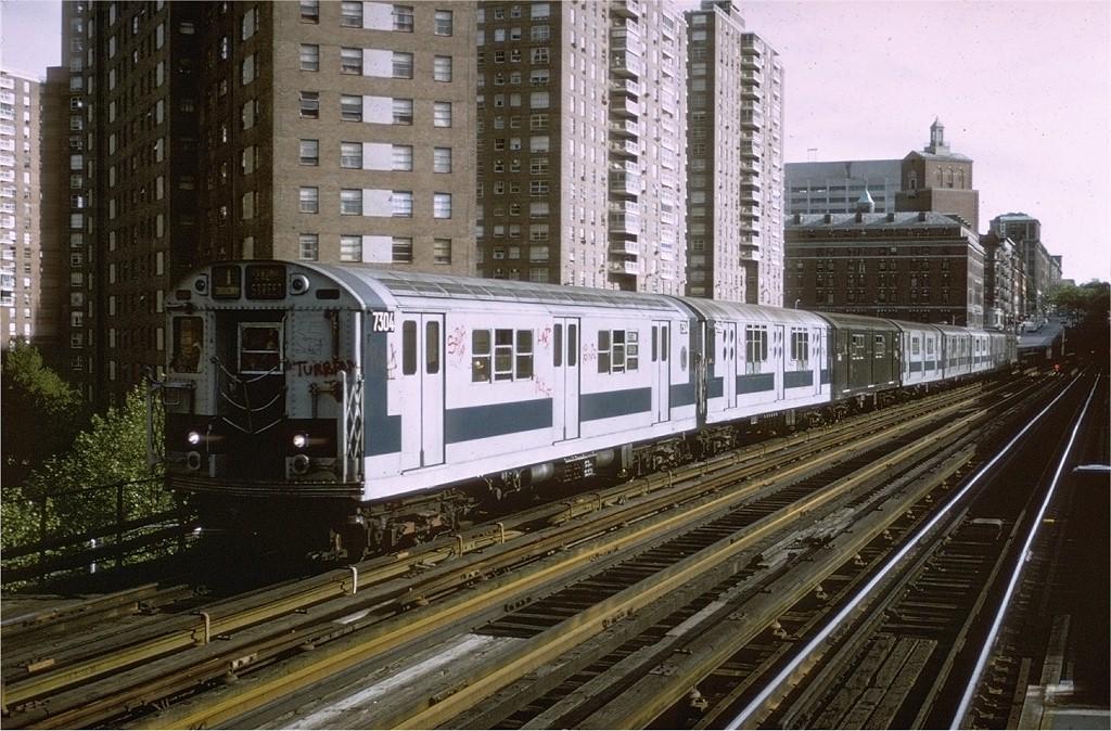 (243k, 1024x674)<br><b>Country:</b> United States<br><b>City:</b> New York<br><b>System:</b> New York City Transit<br><b>Line:</b> IRT West Side Line<br><b>Location:</b> 125th Street <br><b>Route:</b> 1<br><b>Car:</b> R-22 (St. Louis, 1957-58) 7304 <br><b>Photo by:</b> Steve Zabel<br><b>Collection of:</b> Joe Testagrose<br><b>Date:</b> 5/21/1972<br><b>Viewed (this week/total):</b> 0 / 2876