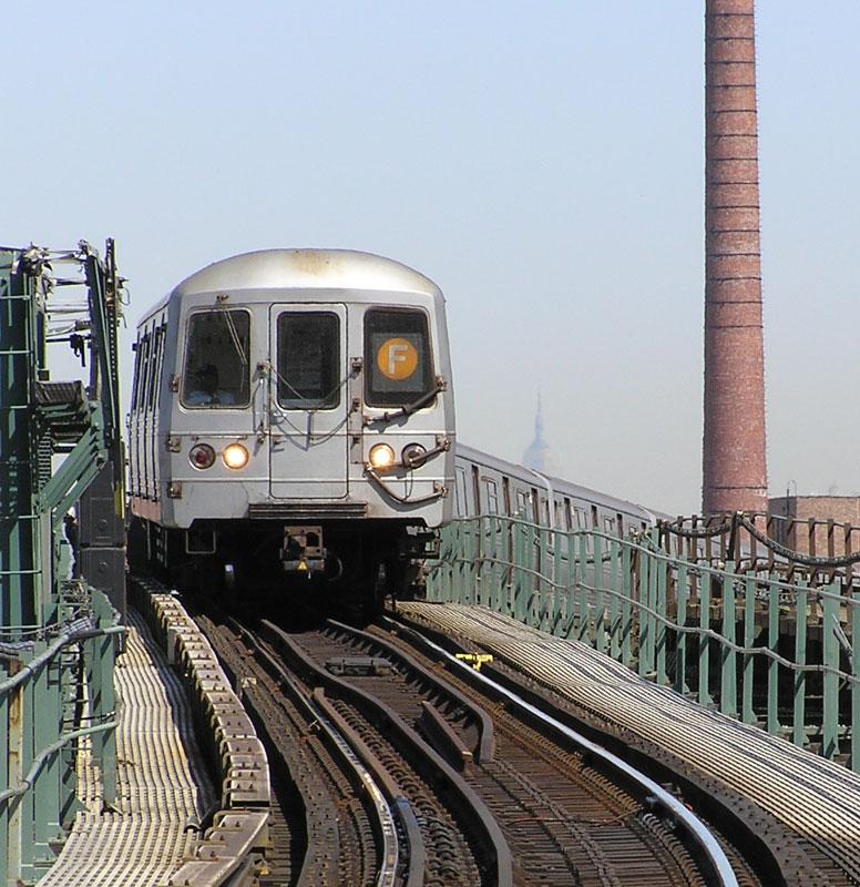 (154k, 776x800)<br><b>Country:</b> United States<br><b>City:</b> New York<br><b>System:</b> New York City Transit<br><b>Line:</b> BMT Culver Line<br><b>Location:</b> Neptune Avenue <br><b>Route:</b> F<br><b>Car:</b> R-46 (Pullman-Standard, 1974-75)  <br><b>Photo by:</b> Gail Pickett<br><b>Date:</b> 4/2005<br><b>Viewed (this week/total):</b> 3 / 4220