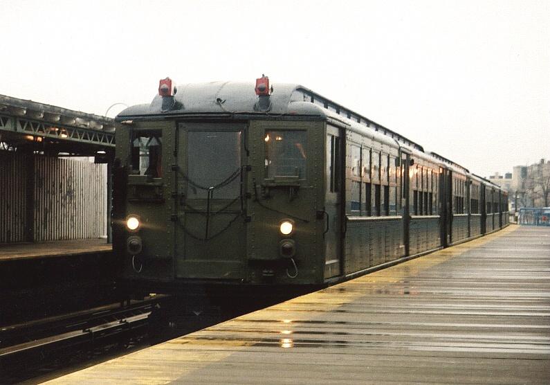 (180k, 795x556)<br><b>Country:</b> United States<br><b>City:</b> New York<br><b>System:</b> New York City Transit<br><b>Line:</b> IRT White Plains Road Line<br><b>Location:</b> 238th Street (Nereid Avenue) <br><b>Route:</b> Fan Trip<br><b>Car:</b> Low-V (Museum Train) 5443 <br><b>Photo by:</b> Gary Chatterton<br><b>Date:</b> 3/20/2005<br><b>Viewed (this week/total):</b> 0 / 2718