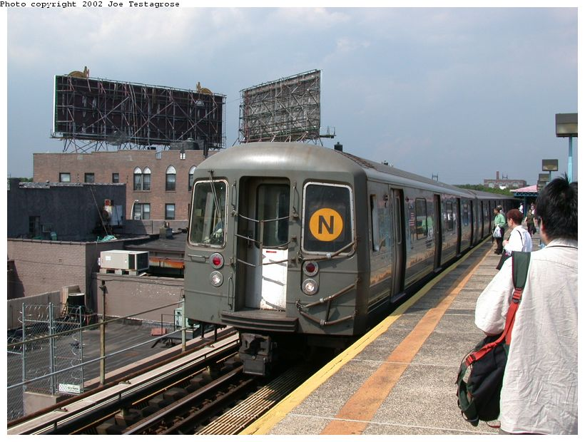(134k, 820x620)<br><b>Country:</b> United States<br><b>City:</b> New York<br><b>System:</b> New York City Transit<br><b>Line:</b> BMT Astoria Line<br><b>Location:</b> Astoria Boulevard/Hoyt Avenue <br><b>Route:</b> N<br><b>Car:</b> R-68 (Westinghouse-Amrail, 1986-1988)  2740 <br><b>Photo by:</b> Joe Testagrose<br><b>Date:</b> 6/19/2002<br><b>Viewed (this week/total):</b> 0 / 5601