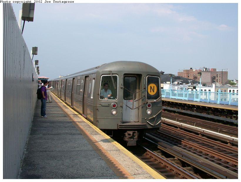 (115k, 820x620)<br><b>Country:</b> United States<br><b>City:</b> New York<br><b>System:</b> New York City Transit<br><b>Line:</b> BMT Astoria Line<br><b>Location:</b> Broadway <br><b>Route:</b> N<br><b>Car:</b> R-68 (Westinghouse-Amrail, 1986-1988)  2758 <br><b>Photo by:</b> Joe Testagrose<br><b>Date:</b> 6/19/2002<br><b>Viewed (this week/total):</b> 0 / 4076