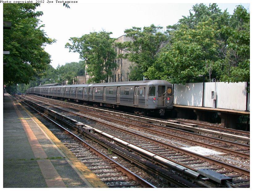 (170k, 820x620)<br><b>Country:</b> United States<br><b>City:</b> New York<br><b>System:</b> New York City Transit<br><b>Line:</b> BMT Brighton Line<br><b>Location:</b> Avenue H <br><b>Route:</b> Q<br><b>Car:</b> R-68 (Westinghouse-Amrail, 1986-1988)  2824 <br><b>Photo by:</b> Joe Testagrose<br><b>Date:</b> 6/11/2002<br><b>Viewed (this week/total):</b> 0 / 3900