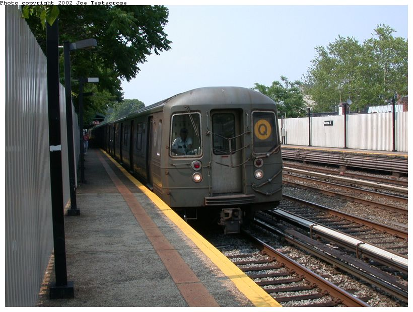 (137k, 820x620)<br><b>Country:</b> United States<br><b>City:</b> New York<br><b>System:</b> New York City Transit<br><b>Line:</b> BMT Brighton Line<br><b>Location:</b> Avenue J <br><b>Route:</b> Q<br><b>Car:</b> R-68 (Westinghouse-Amrail, 1986-1988)  2840 <br><b>Photo by:</b> Joe Testagrose<br><b>Date:</b> 6/11/2002<br><b>Viewed (this week/total):</b> 0 / 3660