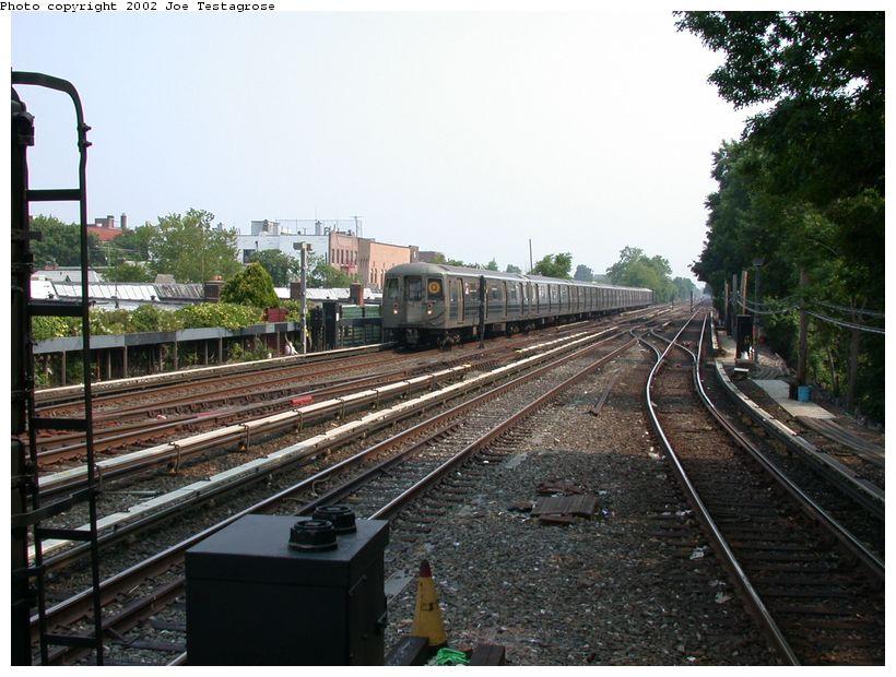 (136k, 820x620)<br><b>Country:</b> United States<br><b>City:</b> New York<br><b>System:</b> New York City Transit<br><b>Line:</b> BMT Brighton Line<br><b>Location:</b> Kings Highway <br><b>Route:</b> Q<br><b>Car:</b> R-68 (Westinghouse-Amrail, 1986-1988)  2904 <br><b>Photo by:</b> Joe Testagrose<br><b>Date:</b> 6/11/2002<br><b>Viewed (this week/total):</b> 2 / 3259