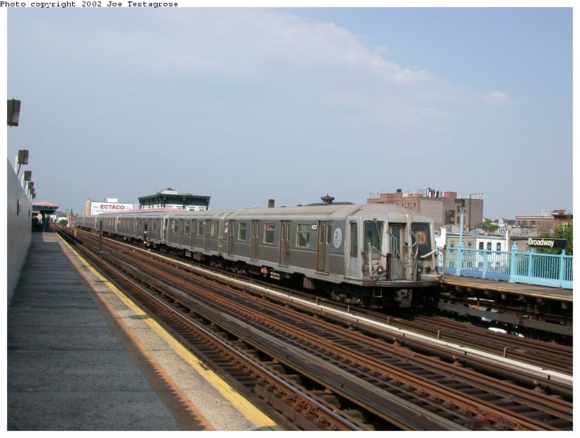 (113k, 820x620)<br><b>Country:</b> United States<br><b>City:</b> New York<br><b>System:</b> New York City Transit<br><b>Line:</b> BMT Astoria Line<br><b>Location:</b> Broadway <br><b>Route:</b> N<br><b>Car:</b> R-40 (St. Louis, 1968)  4217 <br><b>Photo by:</b> Joe Testagrose<br><b>Date:</b> 6/19/2002<br><b>Viewed (this week/total):</b> 2 / 3413
