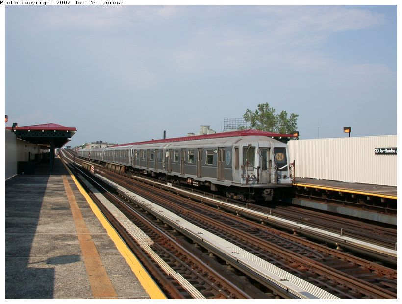 (117k, 820x620)<br><b>Country:</b> United States<br><b>City:</b> New York<br><b>System:</b> New York City Transit<br><b>Line:</b> BMT Astoria Line<br><b>Location:</b> 39th/Beebe Aves. <br><b>Route:</b> N<br><b>Car:</b> R-40 (St. Louis, 1968)  4346 <br><b>Photo by:</b> Joe Testagrose<br><b>Date:</b> 6/19/2002<br><b>Viewed (this week/total):</b> 2 / 3704