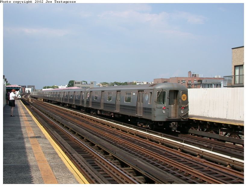 (116k, 820x620)<br><b>Country:</b> United States<br><b>City:</b> New York<br><b>System:</b> New York City Transit<br><b>Line:</b> BMT Astoria Line<br><b>Location:</b> 30th/Grand Aves. <br><b>Route:</b> W<br><b>Car:</b> R-68A (Kawasaki, 1988-1989)  5006 <br><b>Photo by:</b> Joe Testagrose<br><b>Date:</b> 6/19/2002<br><b>Viewed (this week/total):</b> 4 / 3368