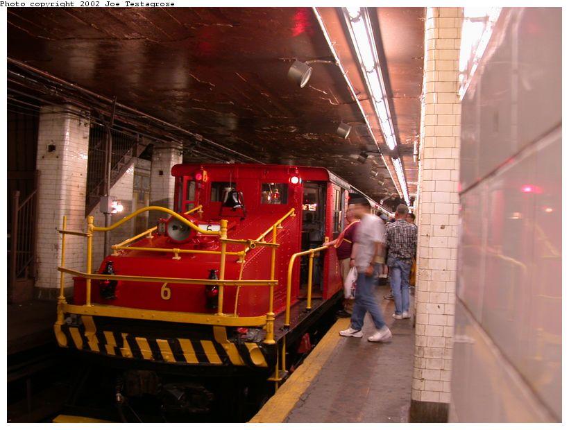 (117k, 820x620)<br><b>Country:</b> United States<br><b>City:</b> New York<br><b>System:</b> New York City Transit<br><b>Line:</b> BMT Nassau Street/Jamaica Line<br><b>Location:</b> Chambers Street <br><b>Route:</b> Fan Trip<br><b>Car:</b> SBK Steeplecab 6 <br><b>Photo by:</b> Joe Testagrose<br><b>Date:</b> 9/22/2002<br><b>Viewed (this week/total):</b> 2 / 7153