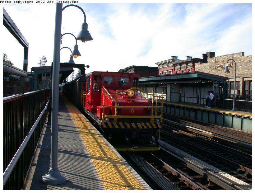 (130k, 820x620)<br><b>Country:</b> United States<br><b>City:</b> New York<br><b>System:</b> New York City Transit<br><b>Line:</b> BMT Nassau Street/Jamaica Line<br><b>Location:</b> Marcy Avenue <br><b>Route:</b> Fan Trip<br><b>Car:</b> SBK Steeplecab 6 <br><b>Photo by:</b> Joe Testagrose<br><b>Date:</b> 9/22/2002<br><b>Viewed (this week/total):</b> 2 / 3788