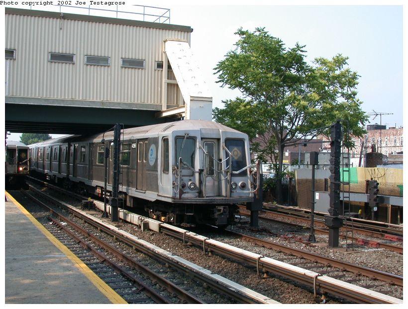 (154k, 820x620)<br><b>Country:</b> United States<br><b>City:</b> New York<br><b>System:</b> New York City Transit<br><b>Line:</b> BMT Brighton Line<br><b>Location:</b> Kings Highway <br><b>Route:</b> Q<br><b>Car:</b> R-40 (St. Louis, 1968)  4256 <br><b>Photo by:</b> Joe Testagrose<br><b>Date:</b> 6/11/2002<br><b>Viewed (this week/total):</b> 0 / 3178