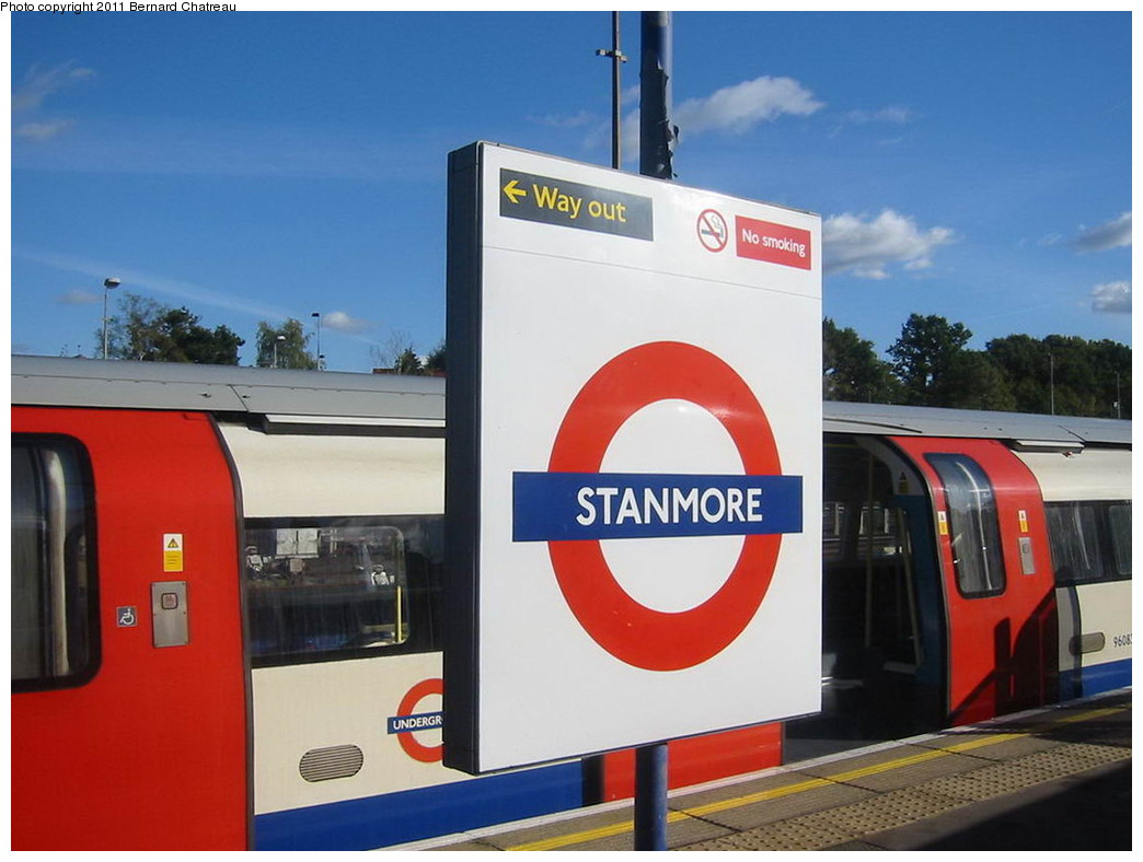 (171k, 1044x788)<br><b>Country:</b> United Kingdom<br><b>City:</b> London<br><b>System:</b> London Underground<br><b>Line:</b> Jubilee<br><b>Location:</b> Stanmore<br><b>Photo by:</b> Bernard Chatreau<br><b>Date:</b> 10/30/2007<br><b>Viewed (this week/total):</b> 1 / 416