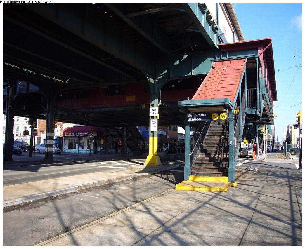 (271k, 1044x853)<br><b>Country:</b> United States<br><b>City:</b> New York<br><b>System:</b> New York City Transit<br><b>Line:</b> BMT Astoria Line<br><b>Location:</b> 39th/Beebe Aves. <br><b>Photo by:</b> Kevin Wong<br><b>Notes:</b> Station entrance.<br><b>Viewed (this week/total):</b> 1 / 1008
