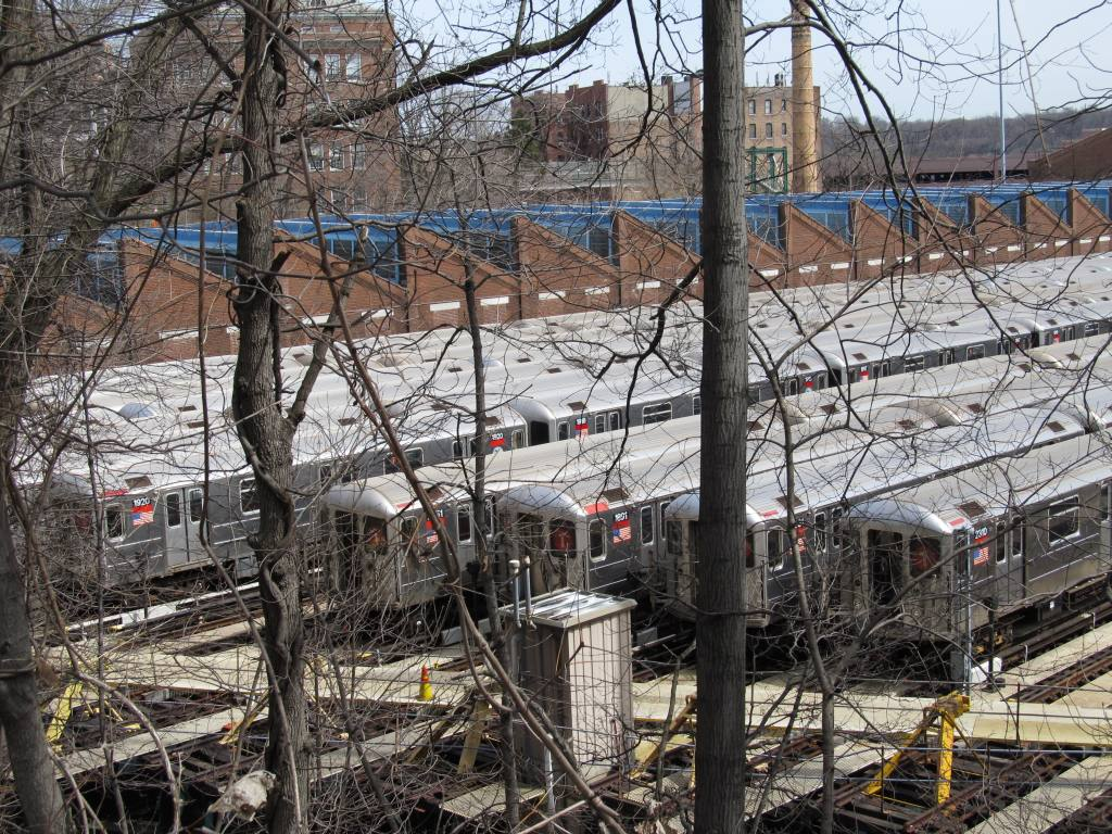 (225k, 1024x768)<br><b>Country:</b> United States<br><b>City:</b> New York<br><b>System:</b> New York City Transit<br><b>Location:</b> 240th Street Yard<br><b>Photo by:</b> Robbie Rosenfeld<br><b>Date:</b> 3/30/2011<br><b>Notes:</b> View of yard.<br><b>Viewed (this week/total):</b> 1 / 1214