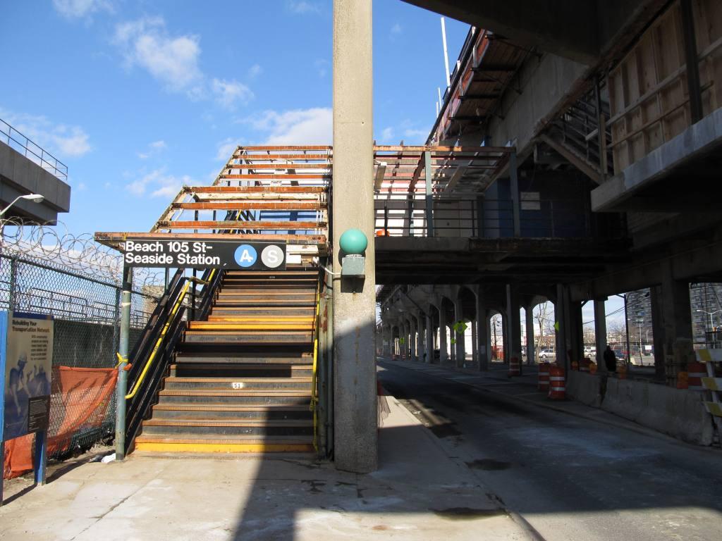 (122k, 1024x768)<br><b>Country:</b> United States<br><b>City:</b> New York<br><b>System:</b> New York City Transit<br><b>Line:</b> IND Rockaway<br><b>Location:</b> Beach 105th Street/Seaside <br><b>Photo by:</b> Robbie Rosenfeld<br><b>Date:</b> 3/22/2011<br><b>Notes:</b> Station renovations.<br><b>Viewed (this week/total):</b> 2 / 1322
