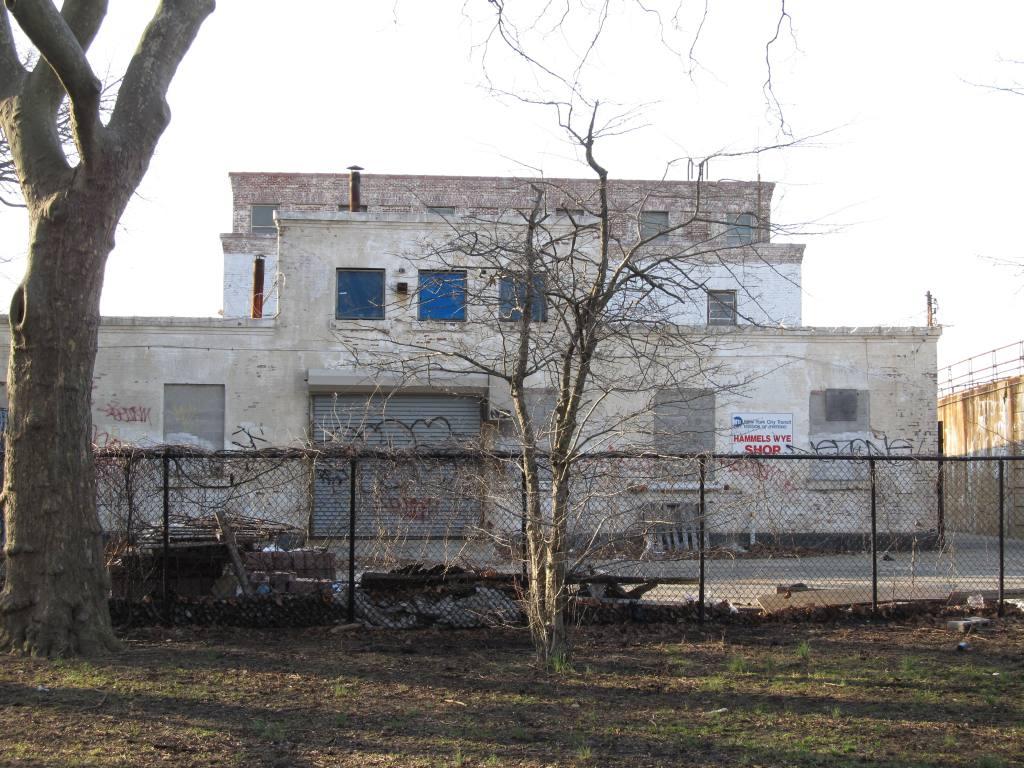 (155k, 1024x768)<br><b>Country:</b> United States<br><b>City:</b> New York<br><b>System:</b> New York City Transit<br><b>Line:</b> IND Rockaway<br><b>Location:</b> Hammels Wye <br><b>Photo by:</b> Robbie Rosenfeld<br><b>Date:</b> 3/22/2011<br><b>Notes:</b> Substation.<br><b>Viewed (this week/total):</b> 0 / 1270