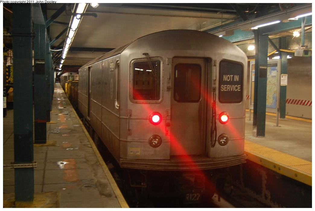 (176k, 1044x699)<br><b>Country:</b> United States<br><b>City:</b> New York<br><b>System:</b> New York City Transit<br><b>Line:</b> BMT West End Line<br><b>Location:</b> 9th Avenue <br><b>Route:</b> Work Service<br><b>Car:</b> R-127/R-134 (Kawasaki, 1991-1996) EP009 <br><b>Photo by:</b> John Dooley<br><b>Date:</b> 2/28/2011<br><b>Viewed (this week/total):</b> 6 / 1069