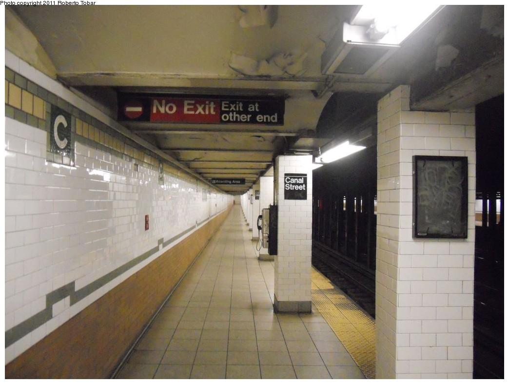 (207k, 1044x788)<br><b>Country:</b> United States<br><b>City:</b> New York<br><b>System:</b> New York City Transit<br><b>Line:</b> IRT East Side Line<br><b>Location:</b> Canal Street <br><b>Photo by:</b> Roberto C. Tobar<br><b>Date:</b> 4/6/2011<br><b>Notes:</b> Platform view.<br><b>Viewed (this week/total):</b> 2 / 1323