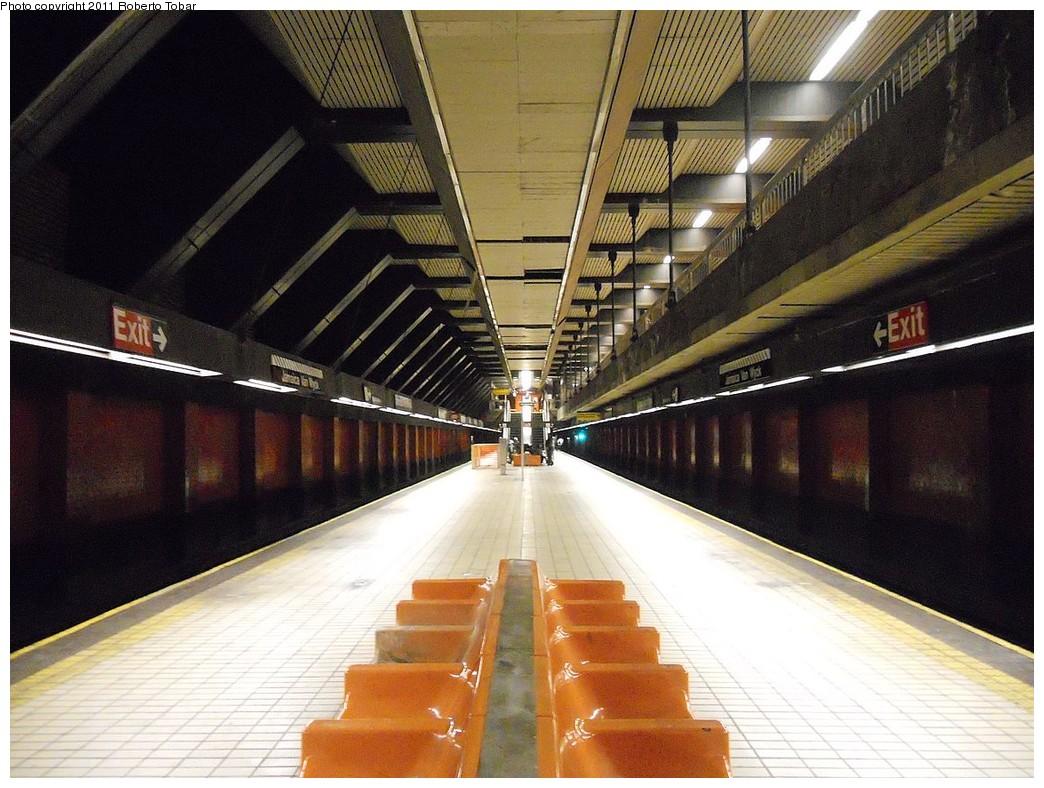 (270k, 1044x788)<br><b>Country:</b> United States<br><b>City:</b> New York<br><b>System:</b> New York City Transit<br><b>Line:</b> IND Queens Boulevard Line<br><b>Location:</b> Jamaica/Van Wyck <br><b>Photo by:</b> Roberto C. Tobar<br><b>Date:</b> 3/25/2011<br><b>Notes:</b> Platform view.<br><b>Viewed (this week/total):</b> 1 / 1557