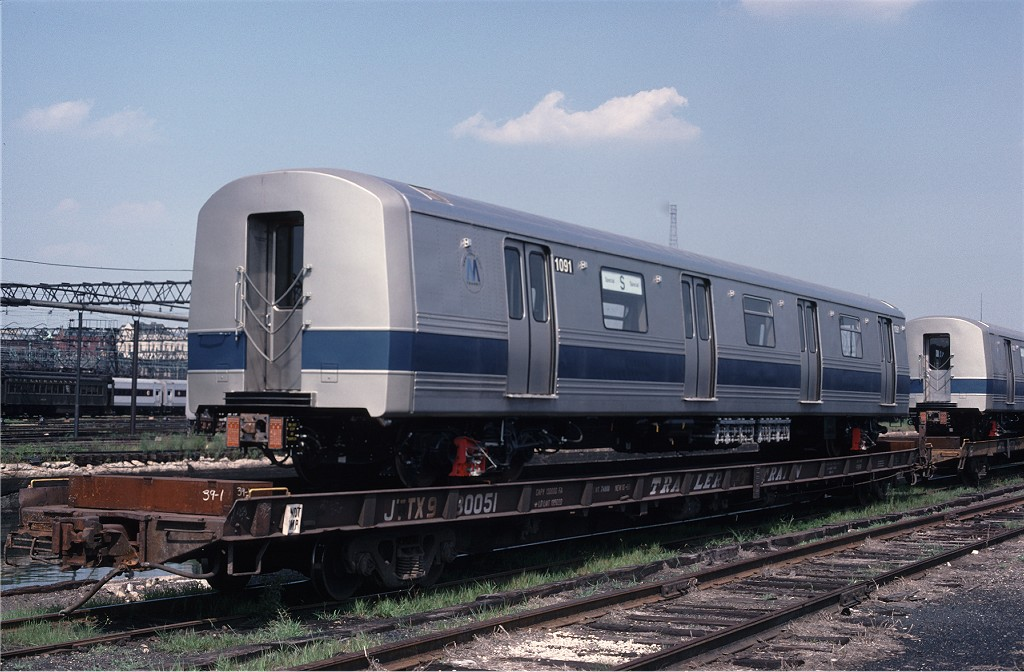 (185k, 1024x672)<br><b>Country:</b> United States<br><b>City:</b> Hoboken, NJ<br><b>System:</b> New York City Transit<br><b>Location:</b> Hoboken Yard <br><b>Car:</b> R-46 (Pullman-Standard, 1974-75) 1091 <br><b>Photo by:</b> Ed McKernan<br><b>Collection of:</b> Joe Testagrose<br><b>Date:</b> 7/18/1977<br><b>Viewed (this week/total):</b> 1 / 473