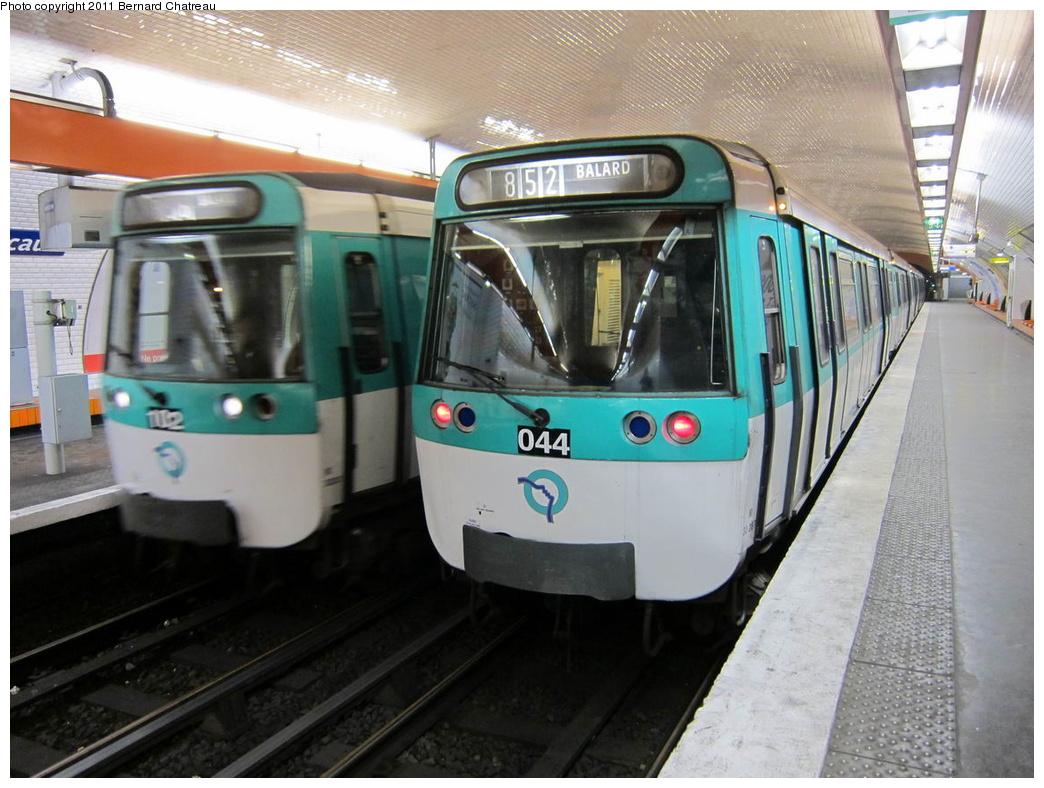 (302k, 1044x788)<br><b>Country:</b> France<br><b>City:</b> Paris<br><b>System:</b> RATP (Régie Autonome des Transports Parisiens)<br><b>Line:</b> Metro Ligne 8<br><b>Location:</b> Boucicaut<br><b>Car:</b> MF77 30087 <br><b>Photo by:</b> Bernard Chatreau<br><b>Date:</b> 1/28/2010<br><b>Viewed (this week/total):</b> 0 / 440