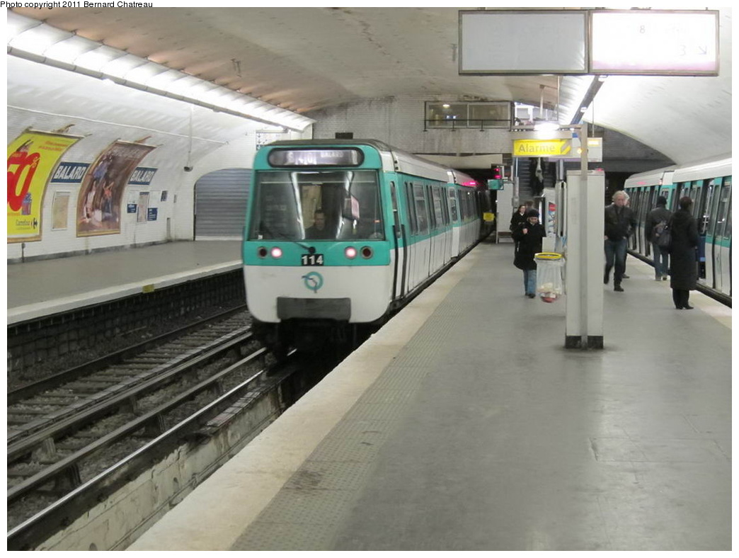 (246k, 1044x788)<br><b>Country:</b> France<br><b>City:</b> Paris<br><b>System:</b> RATP (Régie Autonome des Transports Parisiens)<br><b>Line:</b> Metro Ligne 8<br><b>Location:</b> Balard<br><b>Car:</b> MF77 30228 <br><b>Photo by:</b> Bernard Chatreau<br><b>Date:</b> 1/28/2010<br><b>Viewed (this week/total):</b> 0 / 471