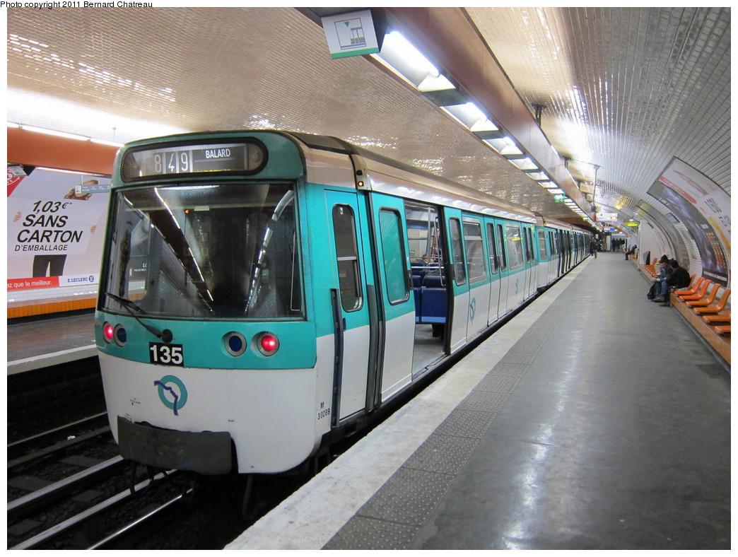 (328k, 1044x788)<br><b>Country:</b> France<br><b>City:</b> Paris<br><b>System:</b> RATP (Régie Autonome des Transports Parisiens)<br><b>Line:</b> Metro Ligne 8<br><b>Location:</b> Boucicaut<br><b>Car:</b> MF77 30269 <br><b>Photo by:</b> Bernard Chatreau<br><b>Date:</b> 1/28/2010<br><b>Viewed (this week/total):</b> 0 / 521