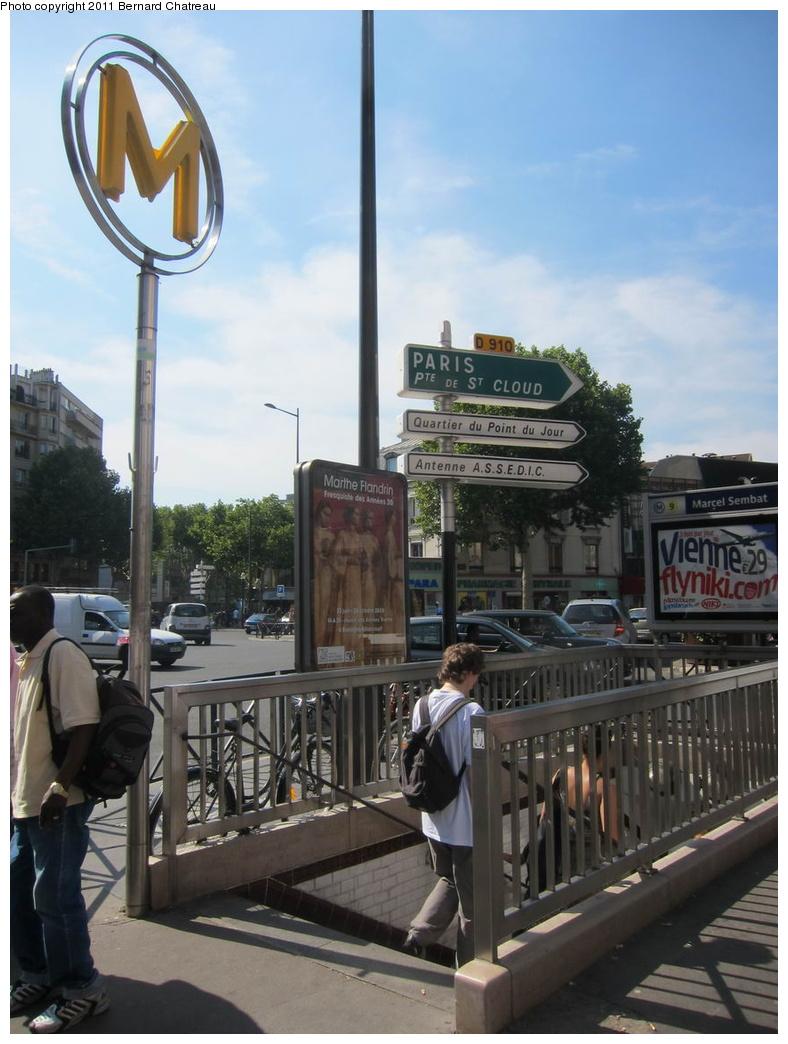 (273k, 788x1044)<br><b>Country:</b> France<br><b>City:</b> Paris<br><b>System:</b> RATP (Régie Autonome des Transports Parisiens)<br><b>Line:</b> Metro Ligne 9<br><b>Location:</b> Marcel Sembat <br><b>Photo by:</b> Bernard Chatreau<br><b>Date:</b> 6/30/2010<br><b>Viewed (this week/total):</b> 1 / 395